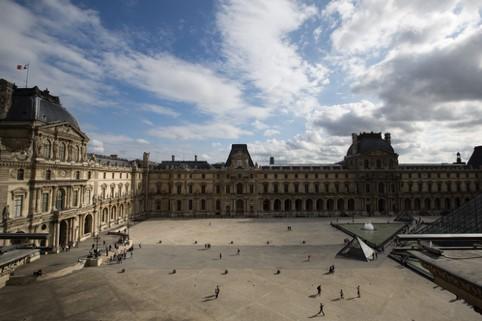 Prado VS Louvre