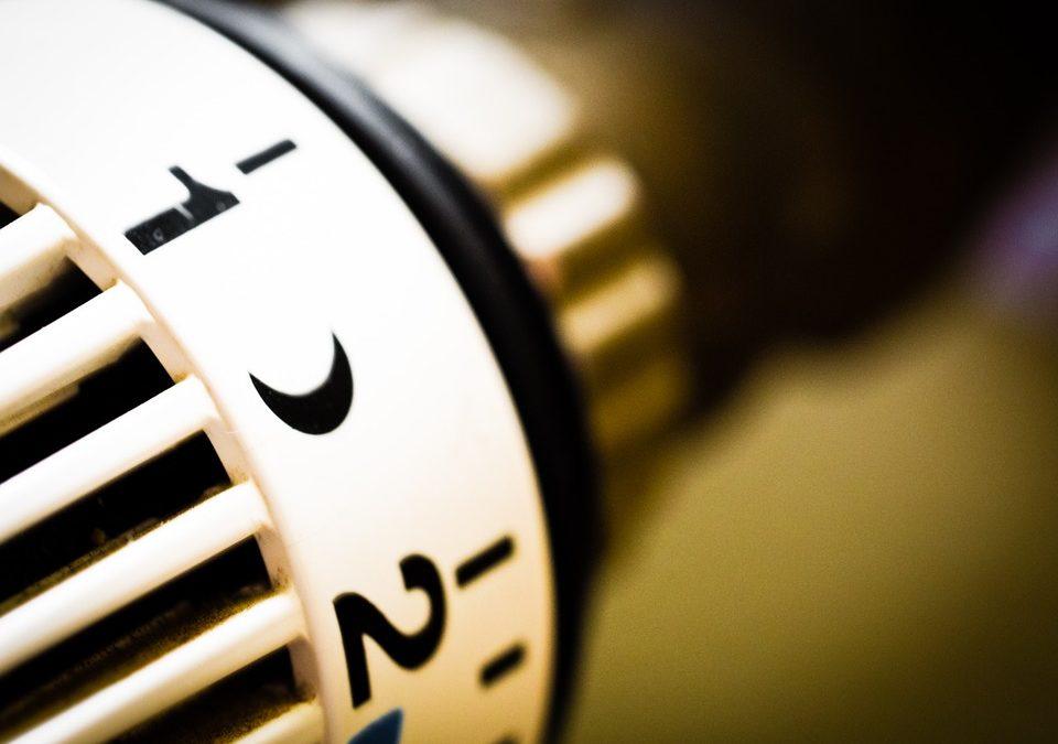 Trucos para calentar tu hogar sin encender la calefacción